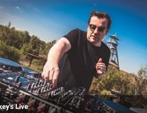 De la techno en live sur le toit d'Arenberg Creative Mine