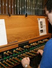 Carillonneur_Ville_St-Amand.JPG